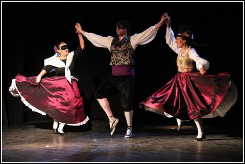 Taller: Tècnica raonada aplicada als passos de dansa tradicional catalana